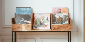 Intégrer un meuble vinyle dans votre intérieur